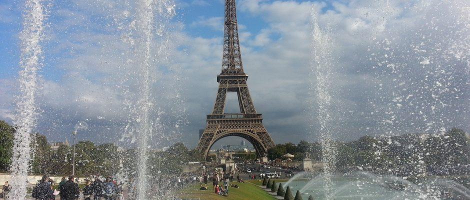 eiffel-tower-944689_1280